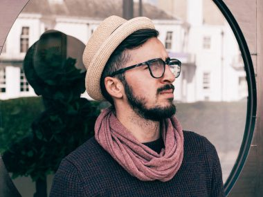 Eyeglasses Shopping Tips for Men