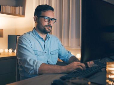 Benefits of blue light glasses